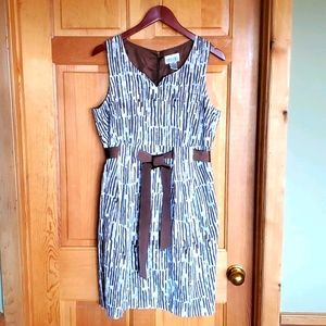 Robbie Bee Sz. 12 Lined Belted Sleeveless Dress